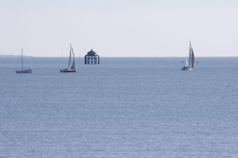 Phare du bout du monde vue des Minimes à La Rochelle