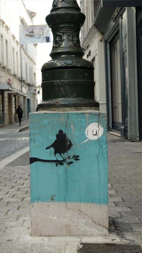 Angouleme - petit oiseau