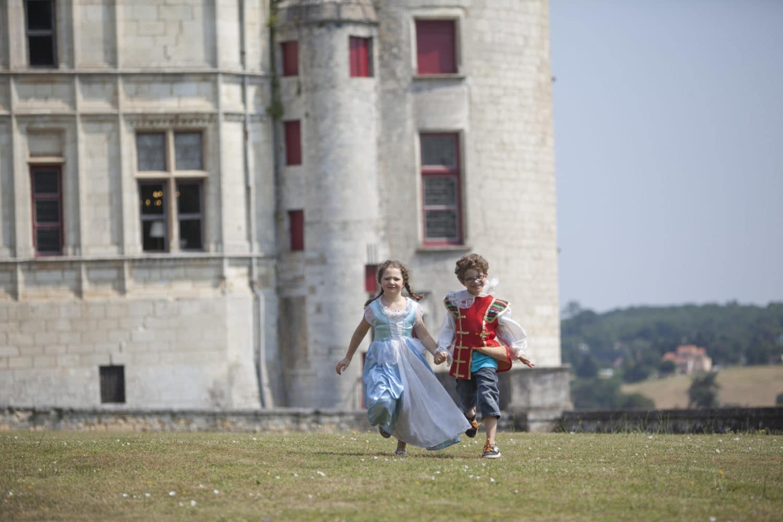 Enfants déguisés, au château de La Rochefoucauld