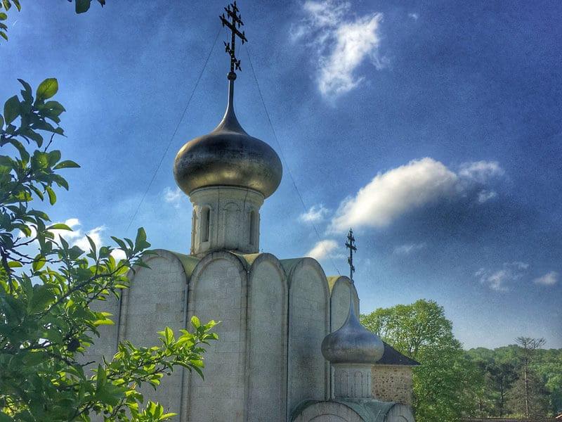 charente-a-velo-Monastere-Orthodoxe