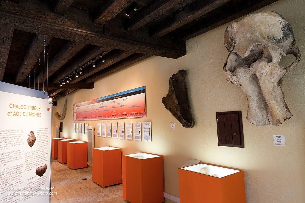 Centre d'initiation à la préhistoire à Montbron