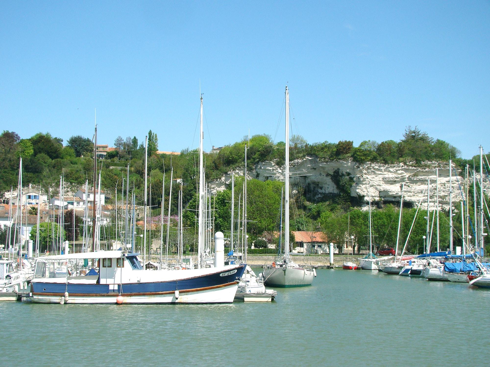 port de Mortagne_sur_Gironde