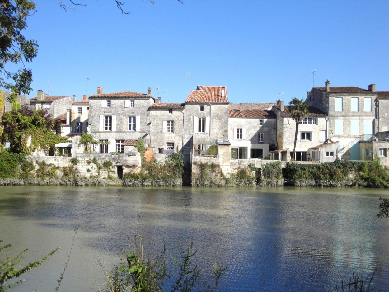 village de Saint Savinien