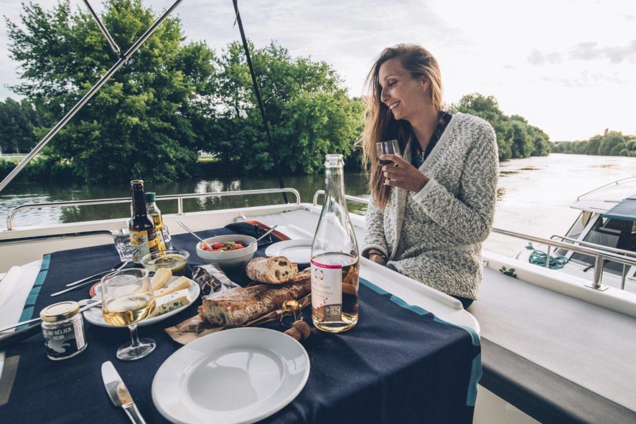 Déjeuner sur le boat, nuit insolite sur la Charente