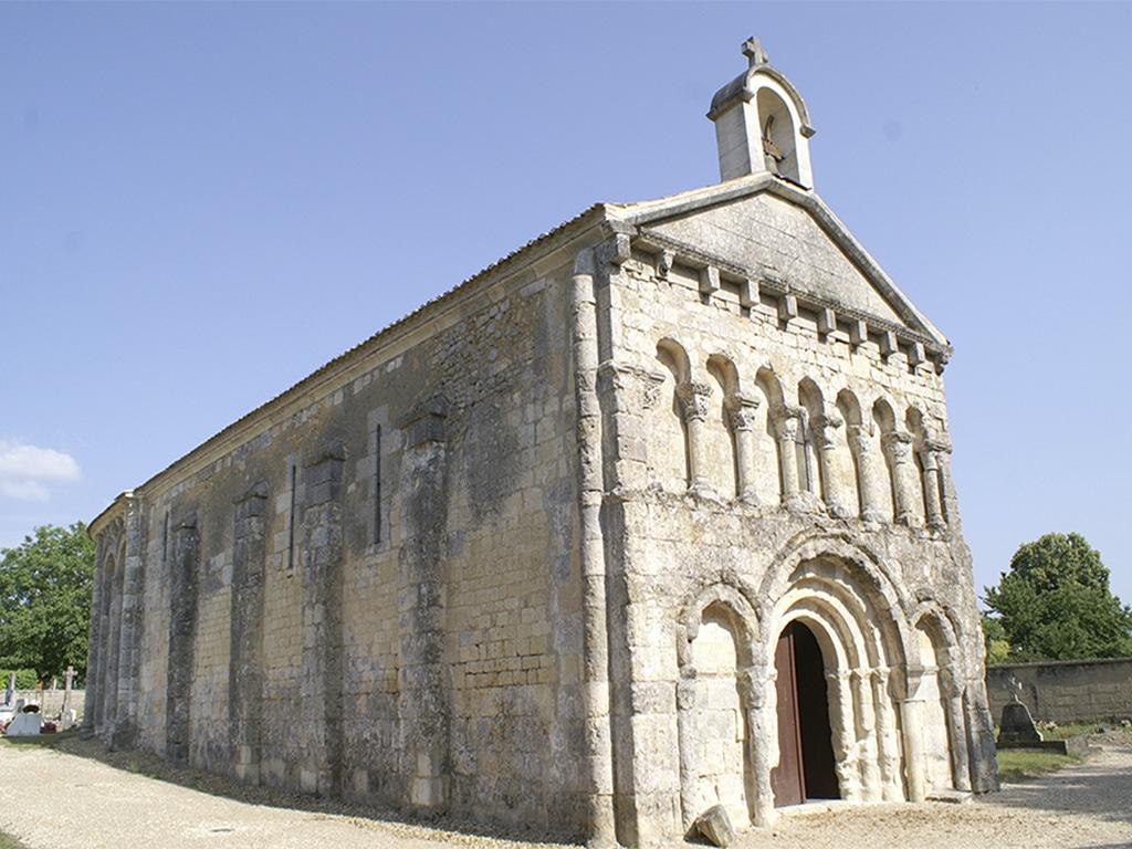 Église Romane à Saint-Martin-d'Ary