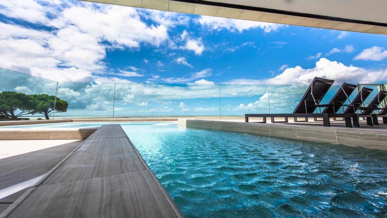 piscine hotel la rochelle grande terrasse - week end détente