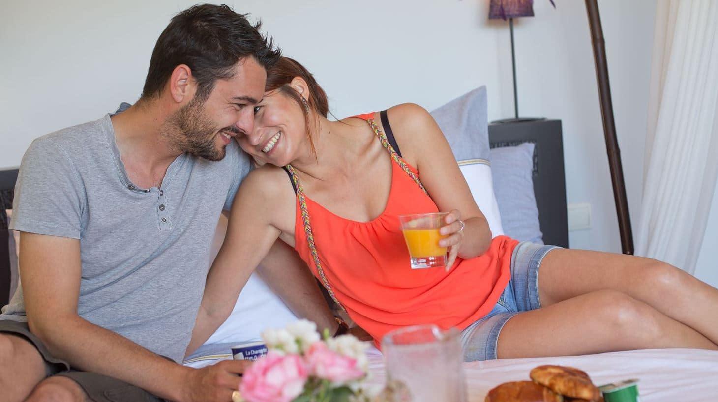couple déjeuner - week end romantiques charentes