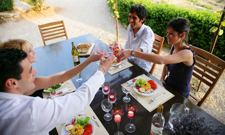 repas entre amis en Charentes