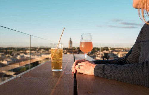 verre de pineau en Charentes