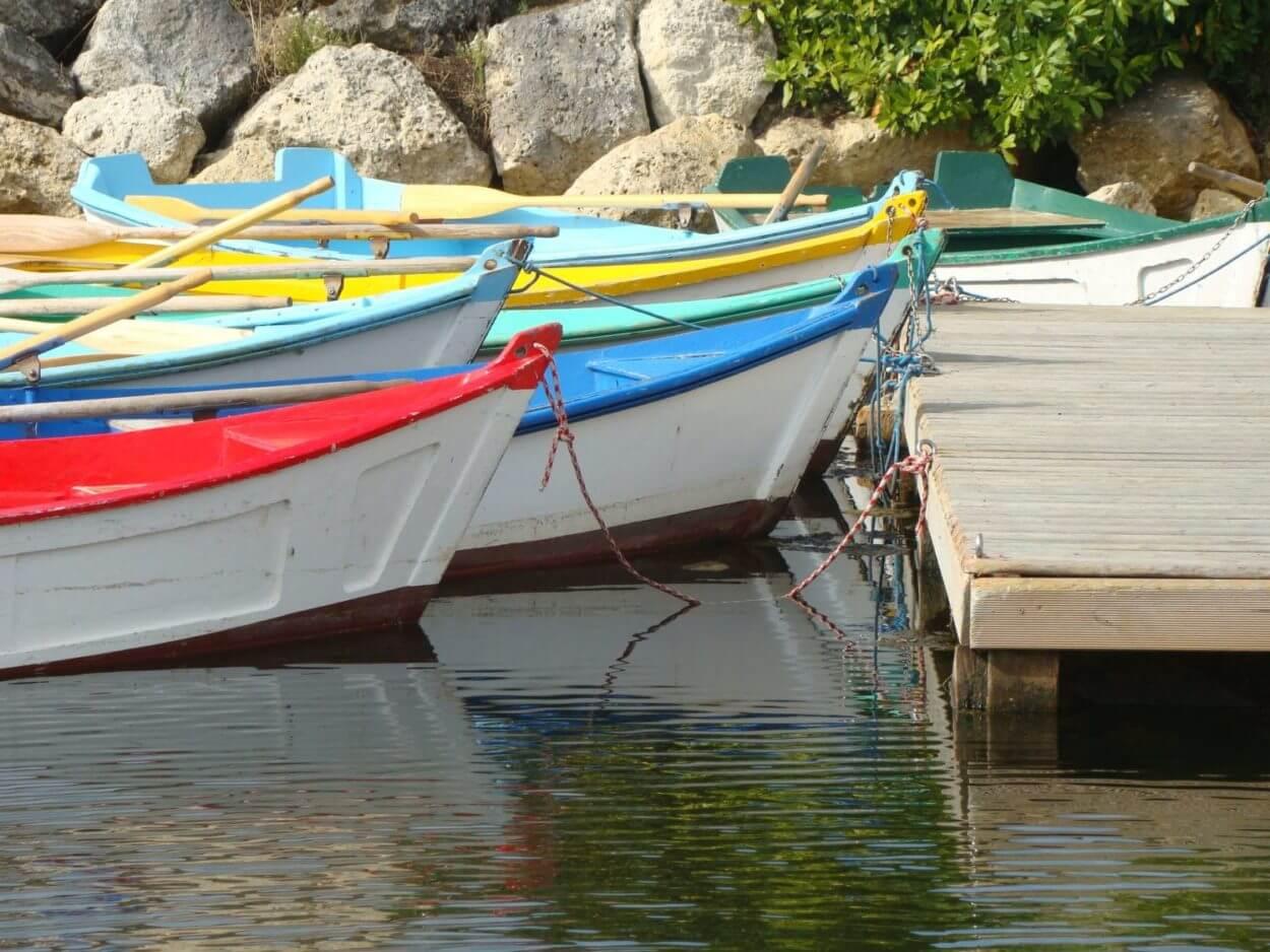 barques port de saint Trojan