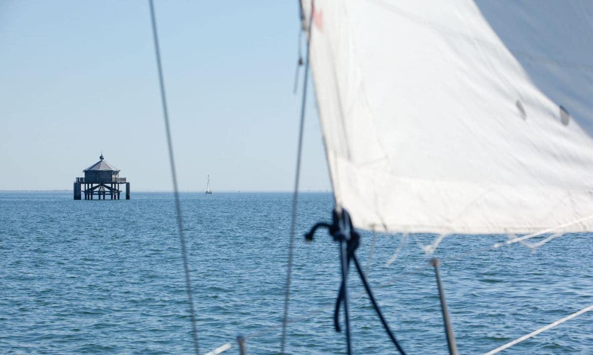 croisière en voilier au large de La Rochelle