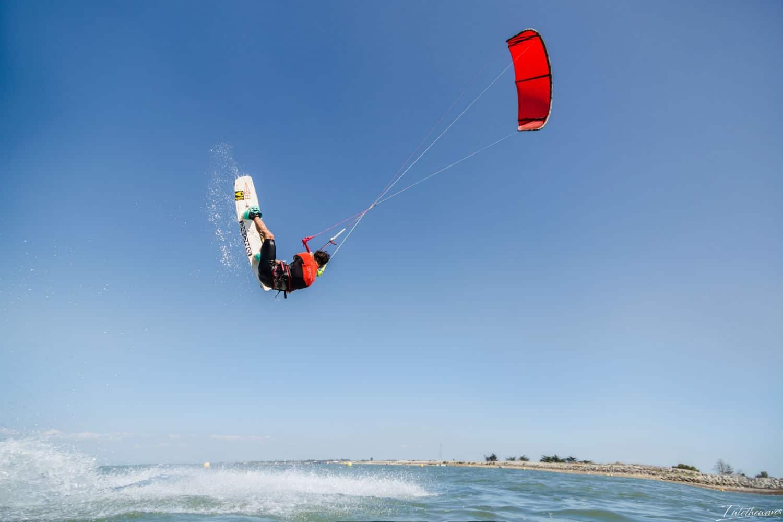 Hugo Guias en saut Kit surf