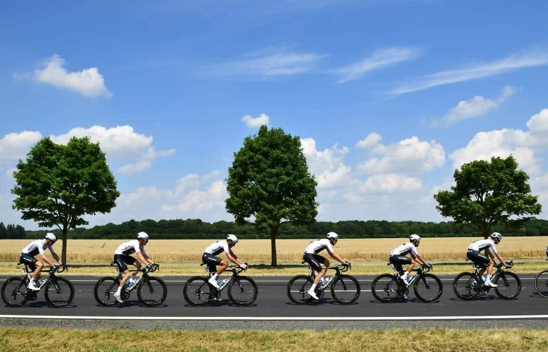 L'équipe Ineos sur les routes du Tour de France