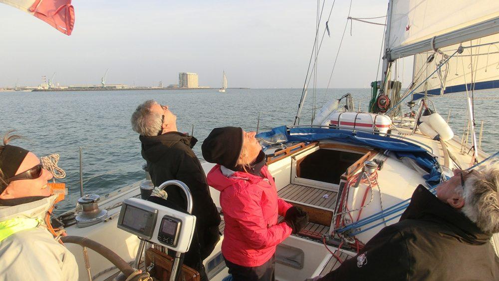 balade en voilier au large de La Rochelle