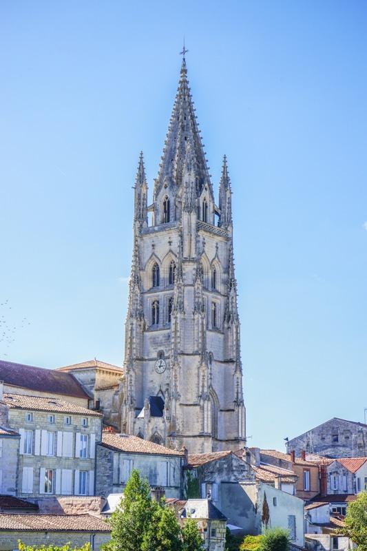 Eglise Saintes