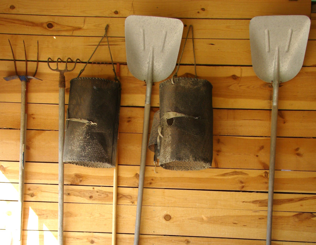 Salt farmers' tools